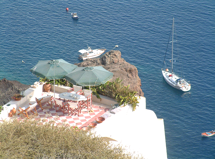 All sizes  Greece -- Oia ( in Santorini )  Flickr - Photo Sharing! (700x520, 876Kb)