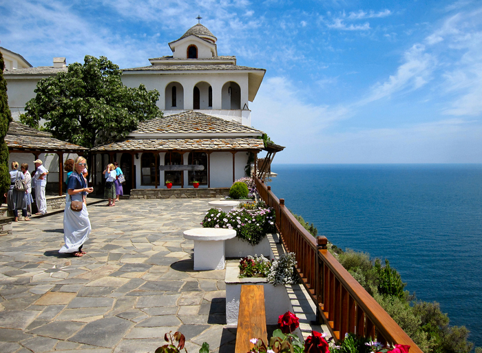 All sizes  THE ARCHANGELOU MONASTERY. THASSOS. GREECE.  Flickr - Photo Sharing! (700x513, 917Kb)