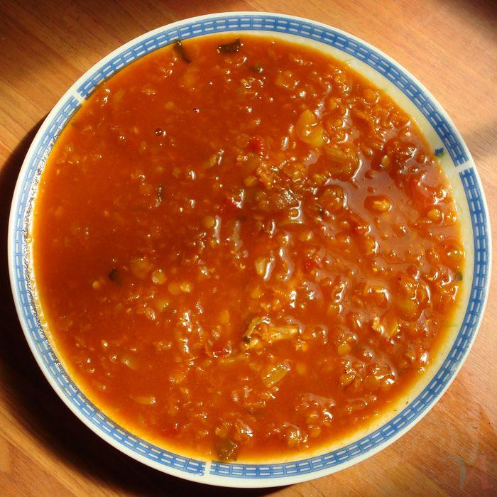 Очень вкусный супчик с мясом и рисом, который я частенько готовлю дома.