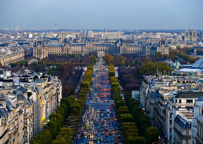 Louvre from Arc de Triomphe (Paris)  Flickr - Photo Sharing! (650x461, 730Kb)