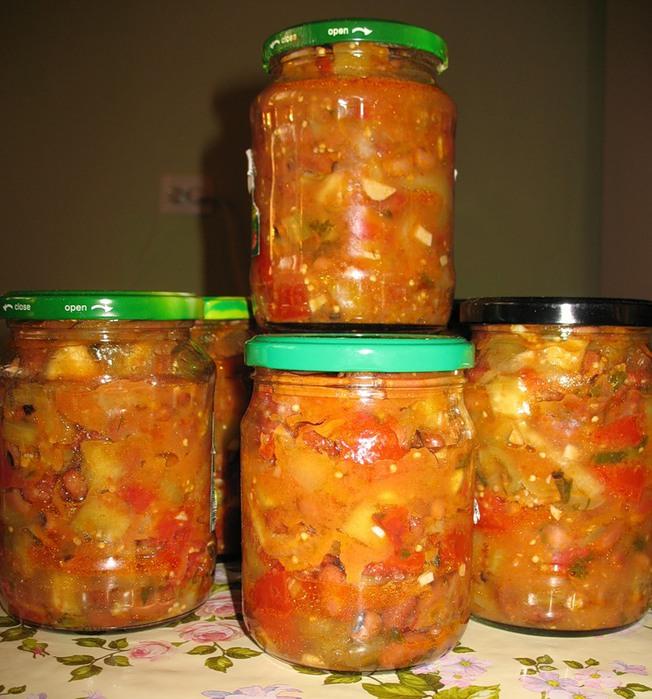Как приготовить салат из кабачков и баклажан на зиму — 7