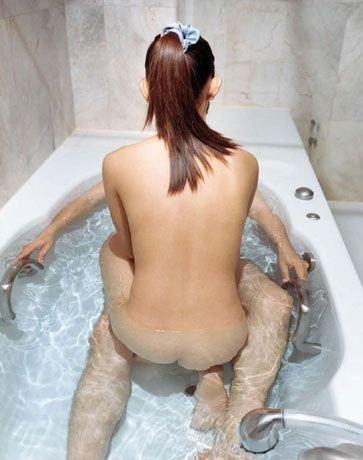 Занимаюсь сексом в ванной