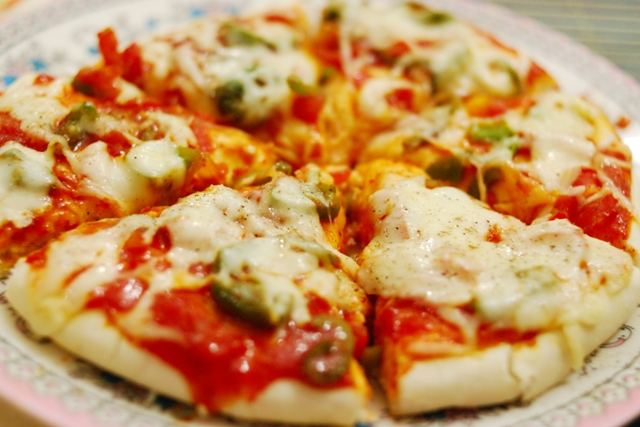 пицца/4278666_3889314870_a3331db73d_Pizza___Home_O (640x427, 231Kb)