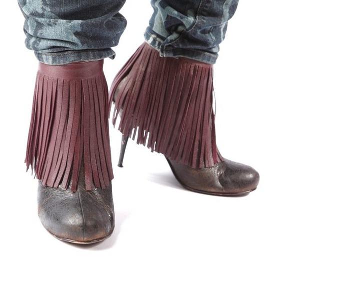 Как сделать кожаные украшения для обуви.