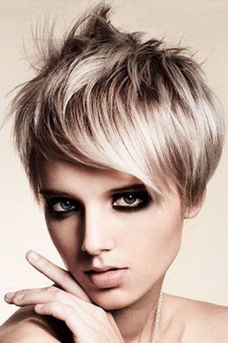 короткая стрижка на тонкие волосы с фото.