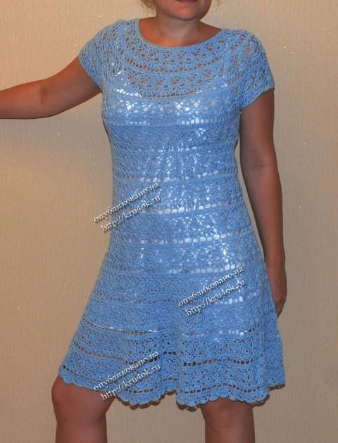 Fri May 11 2012 21:11:45Автор. платье с круглой кокеткой вязание.