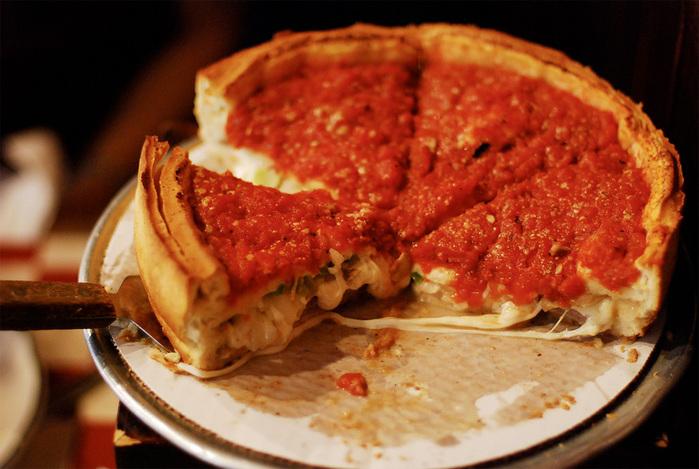 их пицца бьет по популярности неаполитанскую