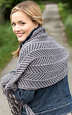 Bernat_SatinSparkle_ChevronShawl_main_medium (251x400, 47Kb)