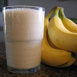 Рецепт молочного коктейля с бананом.  Молочный коктейль с бананом.
