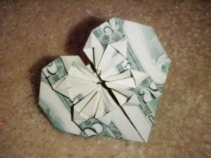 Dollar-Bill-Origami-Heart-300x225 (300x225, 22Kb)
