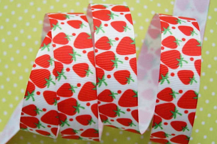 486lenr strawberries red 22mm (700x465, 372Kb)