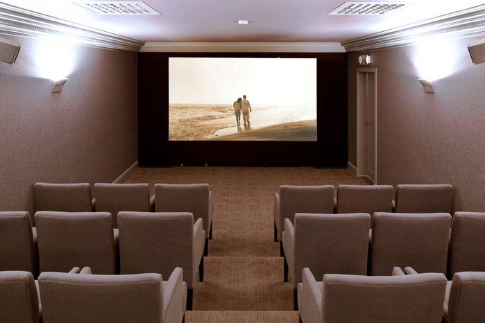 14-Church-of-Scientology-Brussels-Film-Room_ru (700x466, 144Kb)