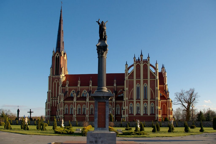 Доклад про католический храм 4038