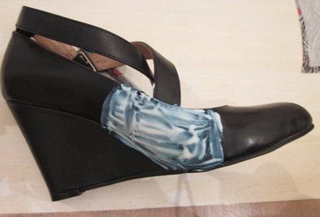 Этап 5. Декупаж обуви.