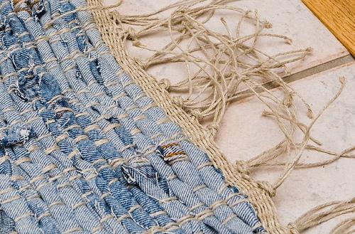 Коврики из старых джинсов.  Как резать джинсы.  Материал частично собран...