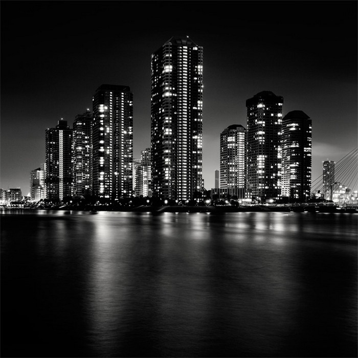 картинки города в черных тонах общежитие, практически отличается