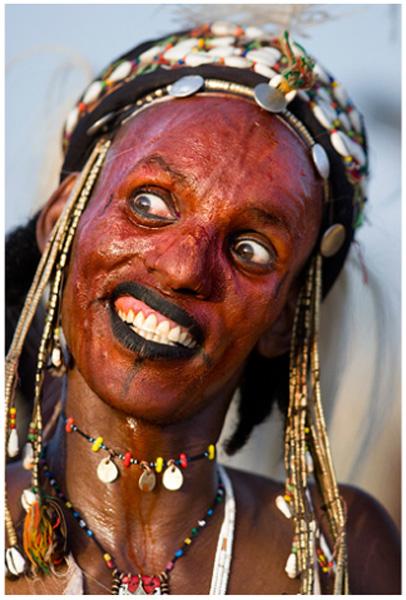 Фото африканских старых мужиков, фото девушка запрыгнула на