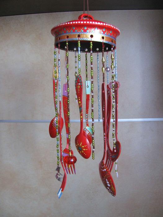 Музыкальный инструмент из подручных материалов своими руками