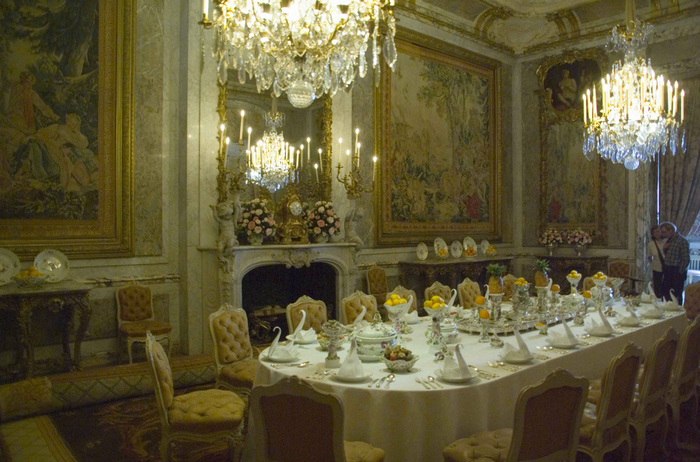 All sizes  The Dining Room, Waddesdon Manor, Buckinghamshire  Flickr - Photo Sharing! (700x462, 835Kb)
