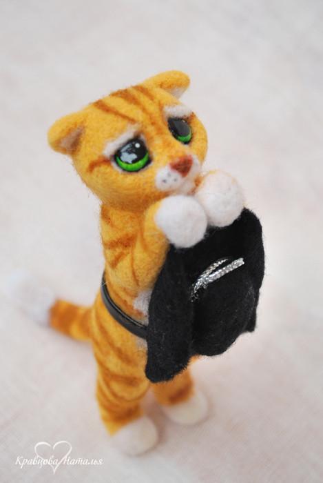 Валяная кукла кота с попкорном - дело рук пользователя ЖЖ. orphelins.