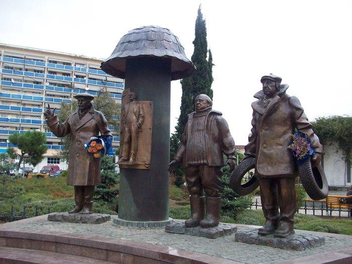 Памятники в москве зураба церетели список заказать себе памятник т