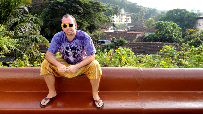 Sergey Oblomov @ India (Goa) (700x394, 155Kb)