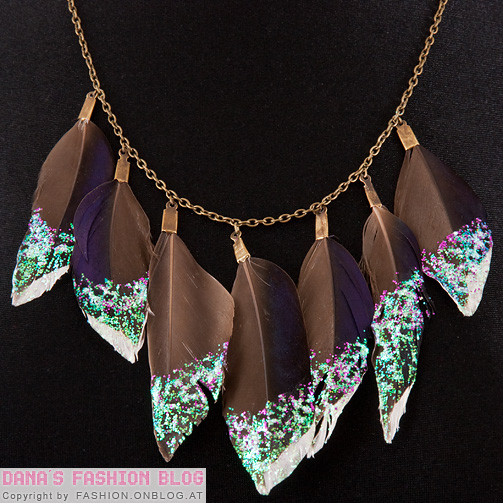 diy-glitter-feather-collar-necklace-2 (503x503, 166Kb)