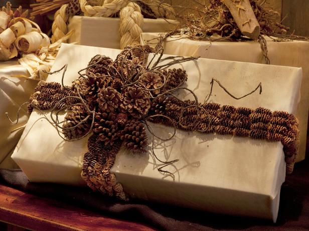 Упаковка новогодних подарков своими руками. Упаковка подарков к Рождеству