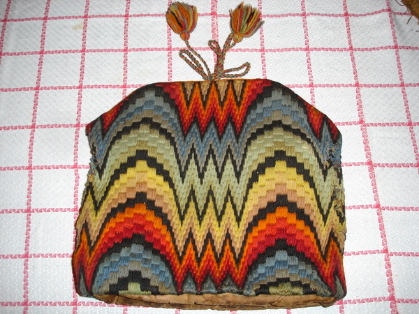 Tea-Cosy_Bargello-1 (600x450, 169Kb)