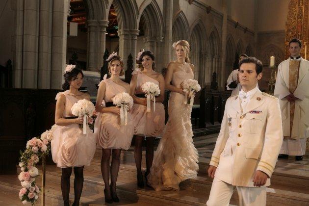 Fashion Style: Платья подружек невесты в 5x13 G.G. (100