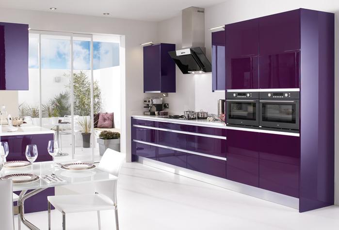 Здесь будут кухни розовые, сиреневые, фиолетовые, цвета фуксии и прочие...
