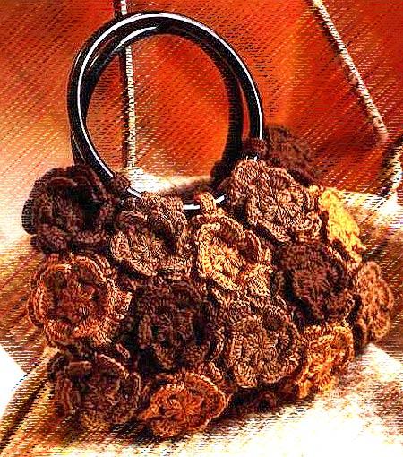 Модели сумок крючком: летняя сумка из круглых мотивов-цветов.