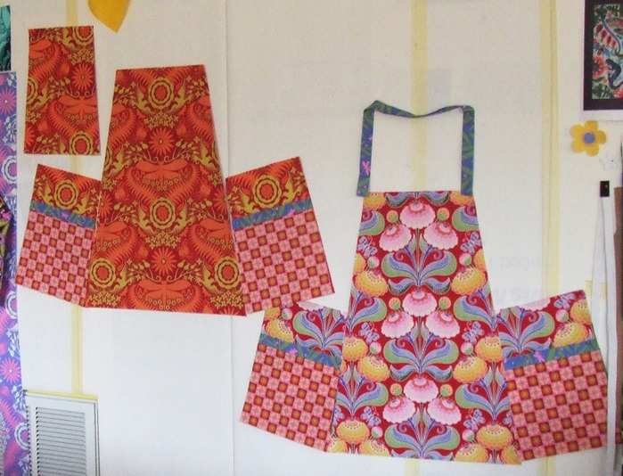 Apron Red Pattern (700x534, 161Kb)