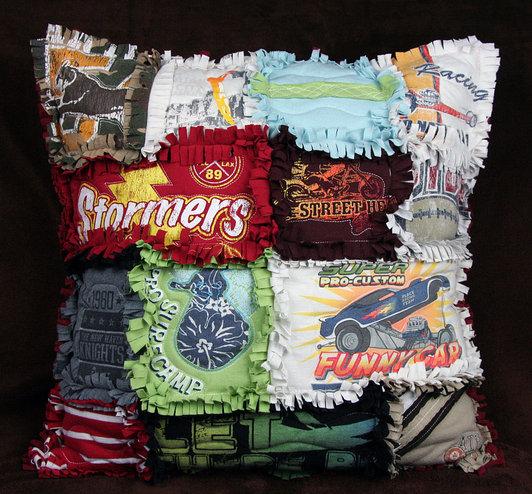 T-Shirt-Rag-Quilt-Pillow_product_main (532x494, 105Kb)
