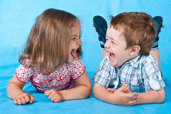 С помощью улыбки можно улучшить своё настроение и настроение окружающих.