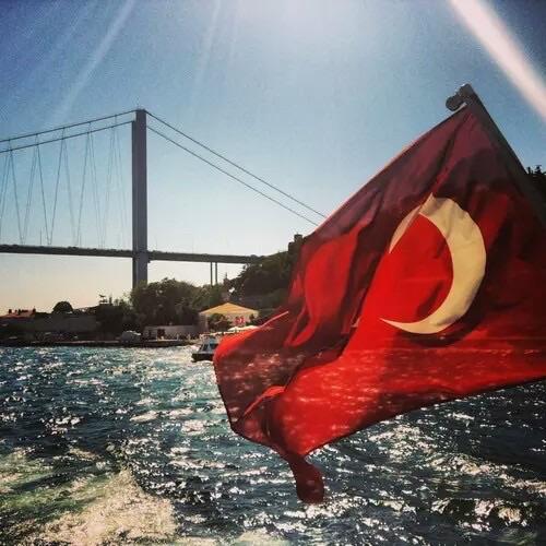 самые красивые фото с турецким флагом несколько дней