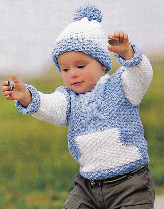 Вязаный джемпер с карманом для малыша и шапочка.
