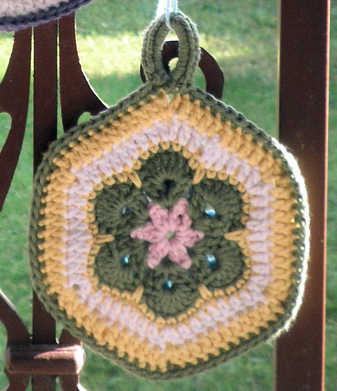 AfricanFlowerPotholder02 (488x566, 91Kb)