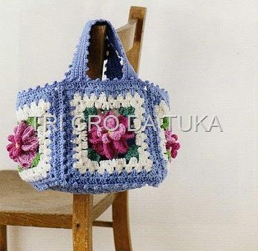 Летняя сумка крючком.  Интересная летняя сумочка из квадратов.