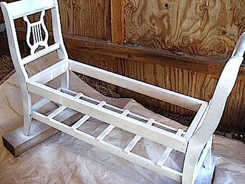 Painting bench (500x375, 104Kb)