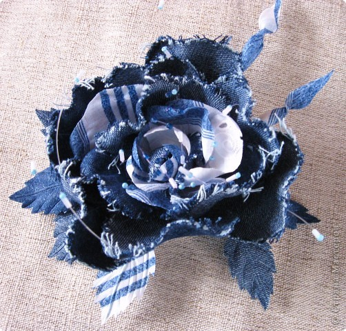 Украшение: Джинсовая коллекция цветов Ткань.  Фото 1.