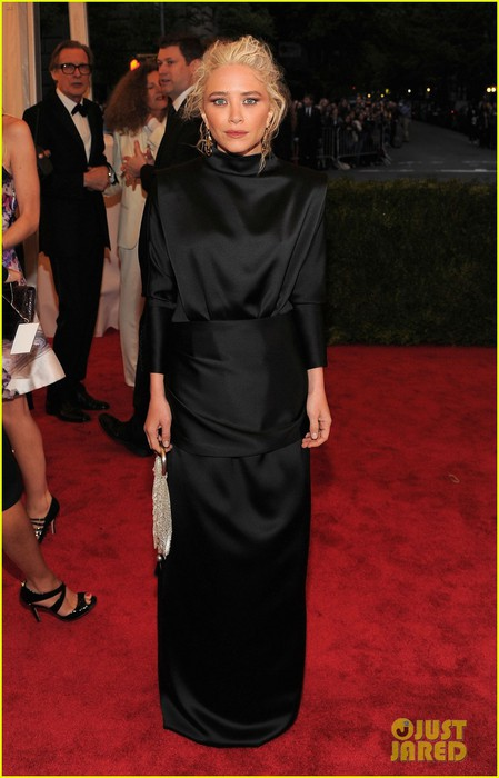 mary-kate-olsen-met-ball-2012-01 (449x700, 71Kb)
