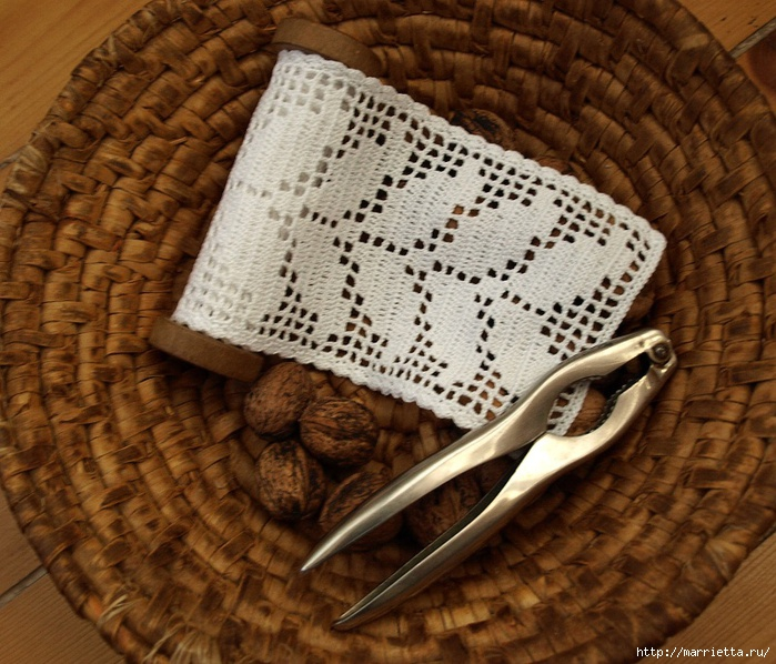 Винтажное вязание крючком. Много винтажных идей со схемами PA289568 (700x598, 297Kb)