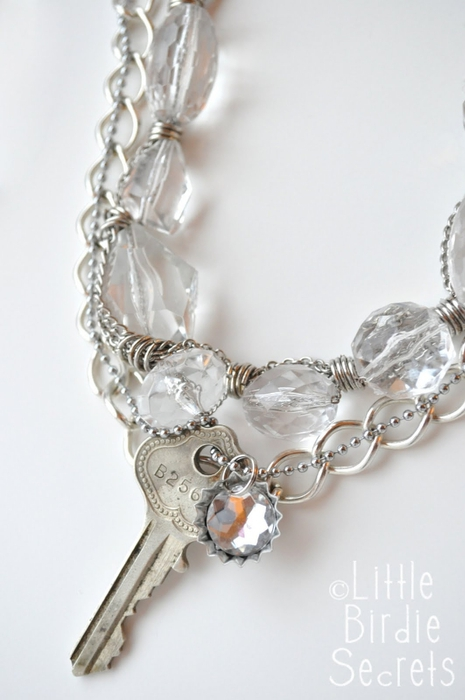 antique key layered necklace (465x700, 161Kb)