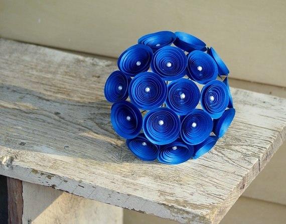 Спиральные бумажные цветы, букеты из бумажных цветов своими руками: как сделать декор Креативный свадебный фотограф!