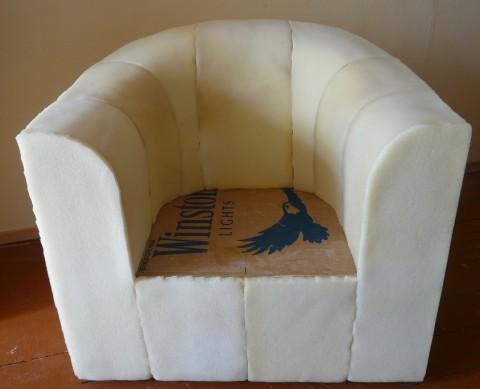 Кресло из картона своими руками, идея для дачи