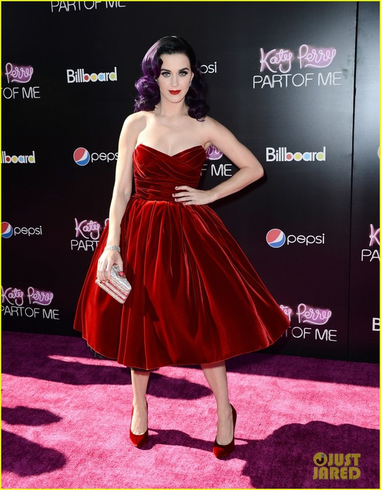 katy-perry-part-of-me-3d-premiere-01 (544x700, 111Kb)