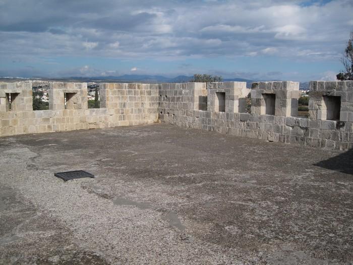 Замок Колосси - фото-путешествие на Кипр 9 (700x525, 123Kb)