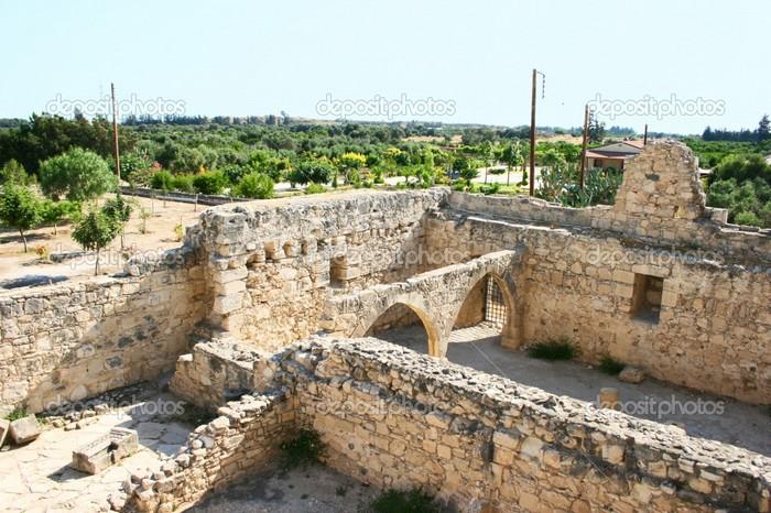 Замок Колосси - фото-путешествие на Кипр 11 (700x466, 127Kb)
