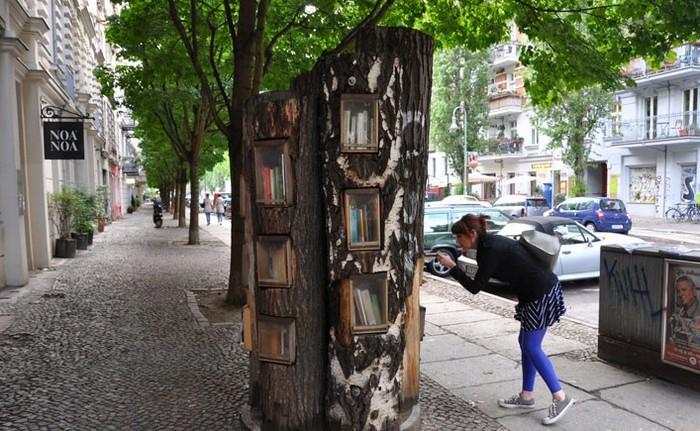Book-tree-2 (700x431, 142Kb)